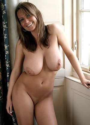 moms sexy nude tits